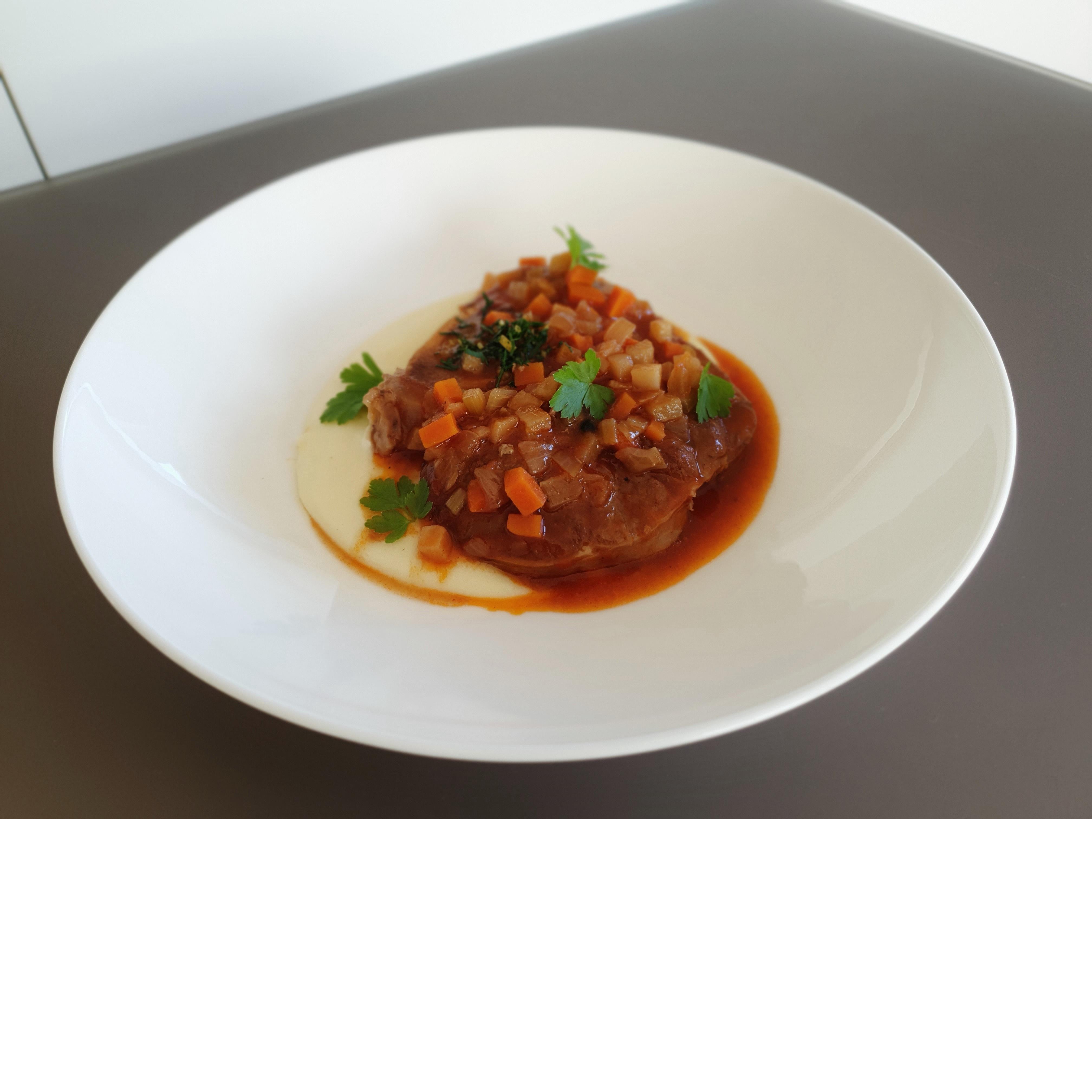Ossobuco vom Kalb / Kartoffelpüree / Gremolata